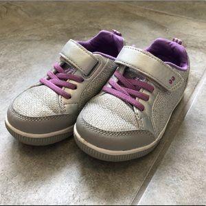 Stride Rite tennis shoes size 7 EUC!
